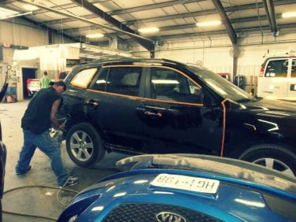 Stop by Barbos's Kustom Kolor in Parkville for an estimate for auto body repair. We are local, have excellent reviews and deliver the customer service you expect;.