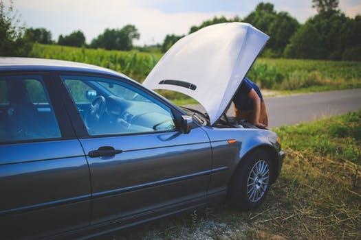 Roadside Emergency Kit Essentials